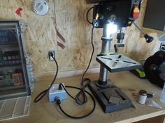 DIY Extension Cord With Built in Switch - Safe, Quick and Simple : 5 Steps - Instructables Electrical Wiring Outlets, Home Electrical Wiring, Electrical Installation, Electrical Engineering, Conduit Box, Folding Workbench, Led Diy, Extension Cord, Diy Solar