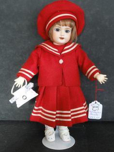 http://www.georgettebravot.com/contents/fr/p2092_poupee_bleuette.html