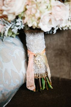 Photography By / valophotography.com, Flowers By / bloom-laurelflan.com