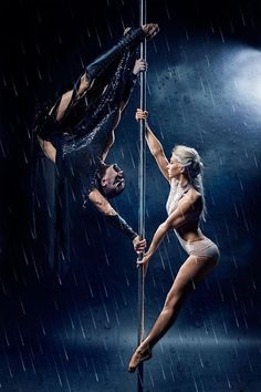 Pole Dance - Artistic Doubles