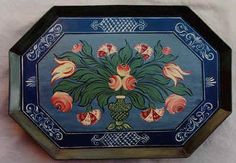 Bauernmalerei – Decorative Folk Art Painting  {{I love this tray}}   Free decorative painting pattern for you to enjoy, use it as it is or modify to your need.   You are welcome to copy and print this page.   Renaissance Tray See the FREE pattern gallery [http://www.painted-house.net/Bauernmalerei-Pattern.htm]