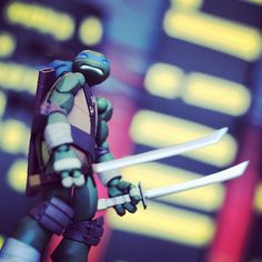 """Leo being awesome.  #tmnt #toys #tmnt2012 #toyposes #teenagemutntninjaturtles #nickelodeon #ninjaturtleposes #ninjaturtles #revoltech #actionfigure #leo…"""