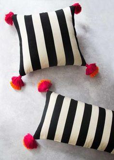 Circle Pom Pom Pillow DIY - Treasures & TravelsCircle Pom Pom Pillow DIY - Treasures & TravelsMake It: Modern Pom Pom Throw PillowDIY modern pom pom throw pillowThrow Blanket Sewing Pillows, Diy Pillows, How To Make Pillows, Blue Pillows, Handmade Pillows, Small Pillows, Accent Pillows, Diy Pillow Covers, Decorative Pillow Covers