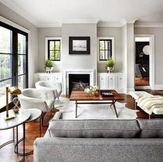 Grey Walls Living Room, Chic Living Room, Paint Colors For Living Room, New Living Room, Living Room Modern, Gray Walls, Dark Floor Living Room, Grey And Brown Living Room, Narrow Living Room
