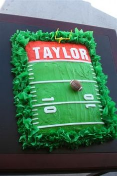 Football Cake Decorating Idea bc tailgating and football games can NOT come soon enough!