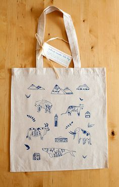 Extinct Animals Silkscreened Canvas Tote Bag by yaymeeralee, Patch Bordado, Wale, Accesorios Casual, Silk Screen Printing, Clutch, Cotton Bag, Canvas Tote Bags, Fashion Bags, Bag Accessories