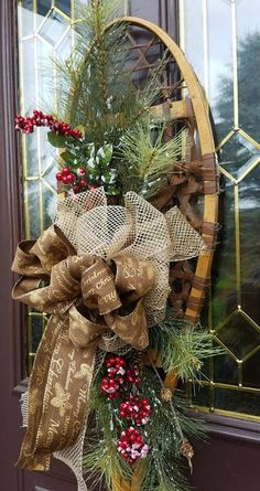 christmas porch ideas with snow shoes and benches Christmas Swags, Christmas Door Decorations, Outdoor Christmas, Rustic Christmas, Winter Christmas, Christmas Home, Holiday Decor, Sled Decor, Christmas Presents