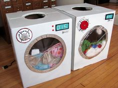 Annabelle's dryer on the right, and Gracie's Washer on the left. Cardboard Play, Cardboard Box Crafts, Cardboard Box Ideas For Kids, Dramatic Play Area, Dramatic Play Centers, Diy For Kids, Crafts For Kids, Diy Karton, Diy Pour Enfants