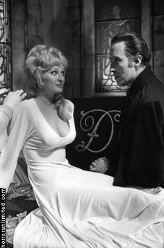 "Christopher Lee and Stephanie Beacham between takes in ""Dracula A. Sexy Horror, Sci Fi Horror, Arte Horror, Horror Art, Hammer Movie, Hammer Horror Films, Hammer Films, Horror Themes, Horror Movie Characters"
