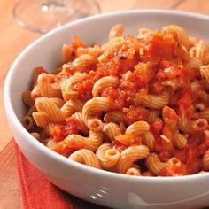 Garden Tomato Sauce   | KitchenDaily.com