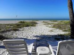 Experience the perfect vacation just steps away from the Gulf of Mexico on the choice island of Longboat Key! Enjoy walks along the beach or catch nightly sunsets right out your back door.   This spacious beach house has 3 bedrooms and comes fully equipped with all the comforts of home.