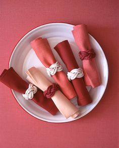 Knotted Napkin Rings | Set a fun, nautical table at your seasonal soiree. These easy-to-make napkin rings are summery and sophisticated at the same time.