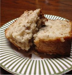 Hubby's Favorite Banana-Nut Bread Cake
