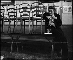 James Dean in Jerry's Bar on West Fifty Fourth Street. by Dennis Stock, Hollywood Actor, Old Hollywood, Classic Hollywood, Dennis Stock, James Dean Photos, Rebel Without A Cause, East Of Eden, Jimmy Dean, Magnum Photos
