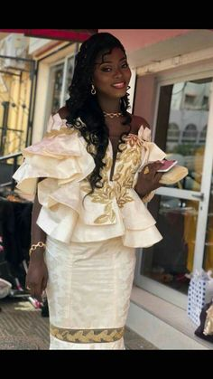 Tatou Mariage Coutumier, Ensemble Pagne, Mode Senegalaise, Mariages  Africains, Taille Basse, fd4a875acad1