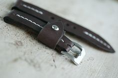 22mm natural hand made leather strap :http://zappacraft.com/index.php/product/no-10-natural-hand-made-leather-strap/