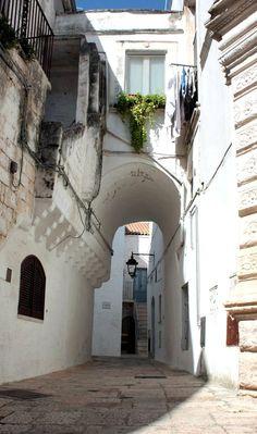 Cisternino - Puglia - Italy http://www.polignanomadeinlove.com/content/