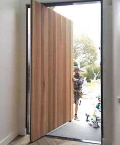 Do you want pivot doors in Melbourne? Armadale Doors & Leadlight is a leading supplier of pivot doors - make a statement with an impressive entraceway today! Modern Entrance Door, Modern Exterior Doors, Modern Front Door, House Front Door, House Doors, Front Door Entrance, House Entrance, Main Door Design, Front Door Design