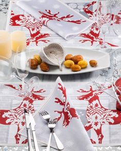 #Christmas #NewYear #holiday #designer #MYdrap 2016 #napkins, #placemats and #coasters can be purchased online at: www.eventdisposables.com in the UK. Make your #dinnerparties all the more memorable with our unique 100% cotton #tabledecor!