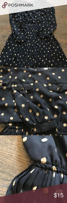 Polka dot dress Adorable pleated polka dot dress!!! Zip up back with sheer sleeves! Has tiny loop holes for a thin belt (my dry cleaners lost the one it came with😕) worn ONE TIME Xhilaration Dresses Midi