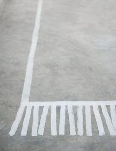 Create this on your concrete patio.keep a bucket of colored chalk close by for the kids to create a patio rug.you'll get a new design all the time :) GREAT IDEA! Painted Concrete Floors, Painting Concrete, Concrete Patio, Concrete Lamp, Stained Concrete, Painting Carpet, Stencil Painting, Masking Tape, Washi Tape