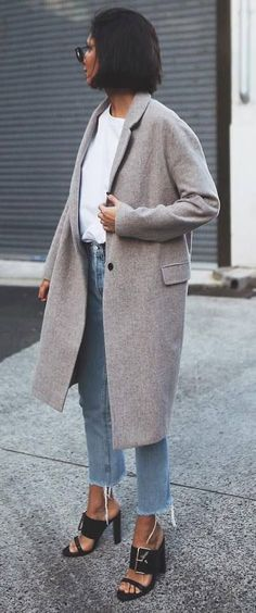 Nadire Atas Cozy Autumn Fashion How To Style A Cashmere Coat White Top Plus Jeans Plus Heels Grey Fashion, Winter Fashion, Womens Fashion, Fashion Trends, Fashion Coat, Jackets Fashion, Fashion Outfits, Fashion Heels, Fashion Styles