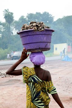 oysters from Bissau, Guinea    (by Ferdinand Reus)