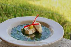 This fish soup was awesome. I put many tropical herbs such as lemon-basil, fresh cilantro, mint and tulasih. When it is ready to served, pour the very hot fish broth to reveal the aromatic flavor from the herbs