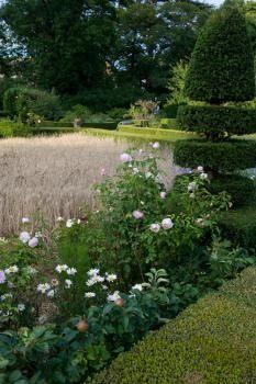 JARDINS Parc et jardin potager du château de Lantilly à Lantilly - Côte-d'Or en Bourgogne