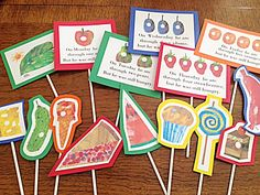 The Very Hungry Caterpillar printables.just wrote an Eric Carle Author Study for a class :) Preschool Literacy, Literacy Activities, In Kindergarten, Activities For Kids, Preschool Names, Preschool Books, Reading Activities, Eric Carle, Very Hungry Caterpillar Printables