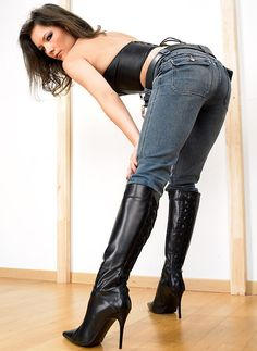Pantyhose Sex Carla Brown Boots
