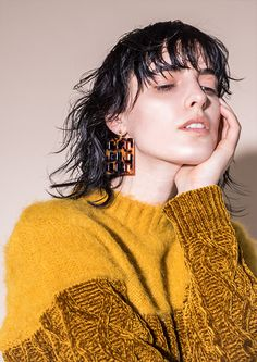 knitGrandeur: (via Ochre) Fashion Images, Fashion Photo, Fashion Tips, Fashion Design, Indie, Knitwear Fashion, Couture, Pull, Medium Hair Styles