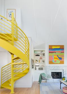 75 Modern staircase ideas: Transform your staircase into something extraordinary | Livingetc Floating Staircase, Modern Staircase, Staircase Design, Staircase Ideas, Spiral Staircase, Ceiling Curtains, Bedroom Ceiling, Space Saving Staircase, Bespoke Staircases