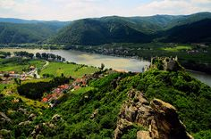 One of my favourite places. Photo Courtesy of Martin Bauer Austria, Job Resume Format, Wachau Valley, List, World Heritage Sites, Places To See, Adventure Travel, Europe, River