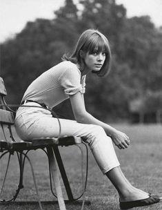 Jane Birkin + ballet flats + cropped jeans + cuffed top