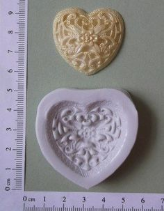 FILLIGREE HEART MOULD
