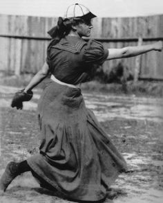 """Alta """"Girl Wonder"""" Weiss pitching in a long wool dress and a baseball hat. The story of how a seventeen year old girl broke the gender barrier and played semipro baseball in Old Pictures, Old Photos, Vintage Photos, Nationals Baseball, Pro Baseball, Baseball League, Baseball Pitching, Baseball Hat, Baseball Injuries"""