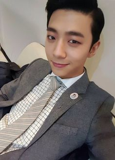 Staaawwppp, Yongguk you look so handsome honey  || B.A.P.