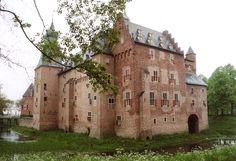 Doorwerth Castle Doorwerth, Gelderland 51°58′00″N 5°47′20″E