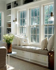 Idea for window in living room—framed with bookcases and window seat in between. Window seat could serve as dining seating! Window Benches, Bay Window Seating, Interior Decorating, Interior Design, Decorating Ideas, Sunroom Decorating, Decor Ideas, Decorating Kitchen, Diy Interior