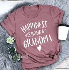I'm not retired I'm a full time grandma grandma t-shirt gift for grandma grandma shirt pregnancy announcement shirt grandma life shirt grandma to be grammy shirt nana shirt gigi shirt Gifts For New Grandma, Nana Gifts, Grandma And Grandpa, Mother Gifts, Mothers, Gigi Shirts, Aunt Shirts, Grandma T Shirts, Grandma Clothes