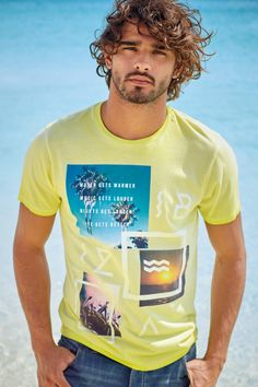 Marlon-Teixeira-Next-Summer-2015-Mens-Beach-Style-Shoot-017