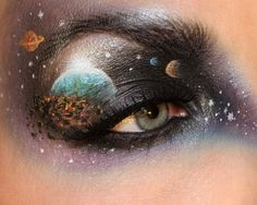 She's painted the solar system. | This Makeup Artist Paints Incredibly Intricate Scenes On HerEyelids