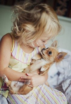 Fotos entrañables de niños y perros