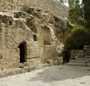 YAY Images - place of the resurrection of Jesus Christ in Jerusalem Israel by compuinfoto Christ Tomb, Jesus Christ, Jesus Tomb, God Is Amazing, Jesus Resurrection, Mary Magdalene, Jerusalem Israel, Early Christian, Religion