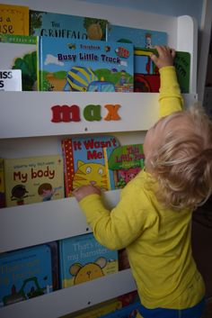 Review: Tidy Books bookcase - Family Fever