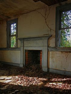 Pictures Inside Abandoned Homes | Abandoned Late Federal/Early Greek Revival Plantation House: Edgecombe ...