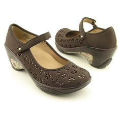 0d111a5790b  54.99- 119.00 J-41 Zephyr-Vegan Brown Mary Janes Shoes Womens Size 6