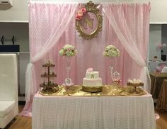 Lace and Pearls Babyshower