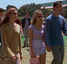 """whose outfit do you like best? comment a 🌙 for Willow, a 🎀 for Buffy, or a 💎 for Xander. I so wish the Xan Man had some shades on // """"Inca Mummy Girl"""" Fashion Tv, 2000s Fashion, 90s Inspired Outfits, Buffy Summers, Sarah Michelle Gellar, Buffy The Vampire Slayer, Aesthetic Clothes, Cute Outfits, Tudor History"""